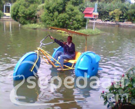 sepeda air - jual sepeda air perahu bebek fiberglass harga murah